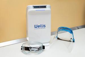Desinfectante y purificador de aire y superficies WELLISAIR en gabinete
